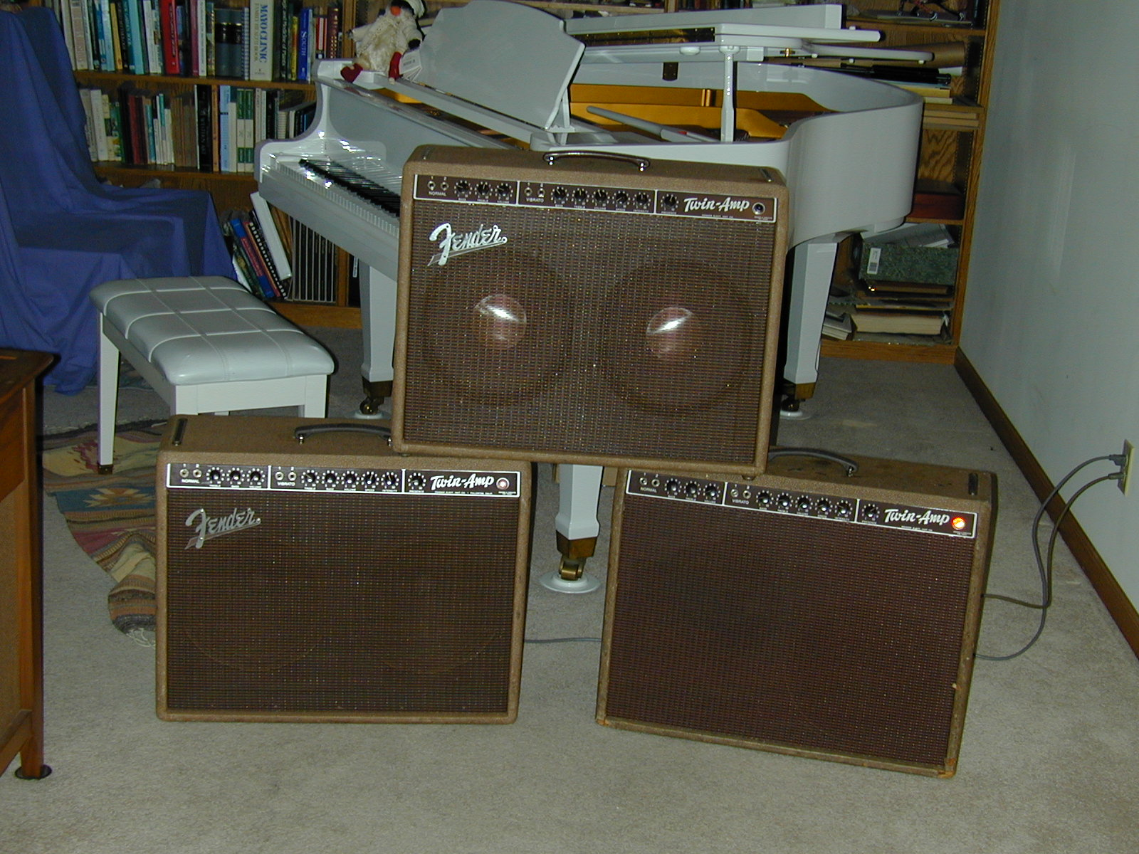 These Web Pages Discussing The 1960 Fender Brown Era 5G8 Small Box 2 6L6 Twin Amp Are Dedicated To Memory Of Leo Whos Genius And Hard Work
