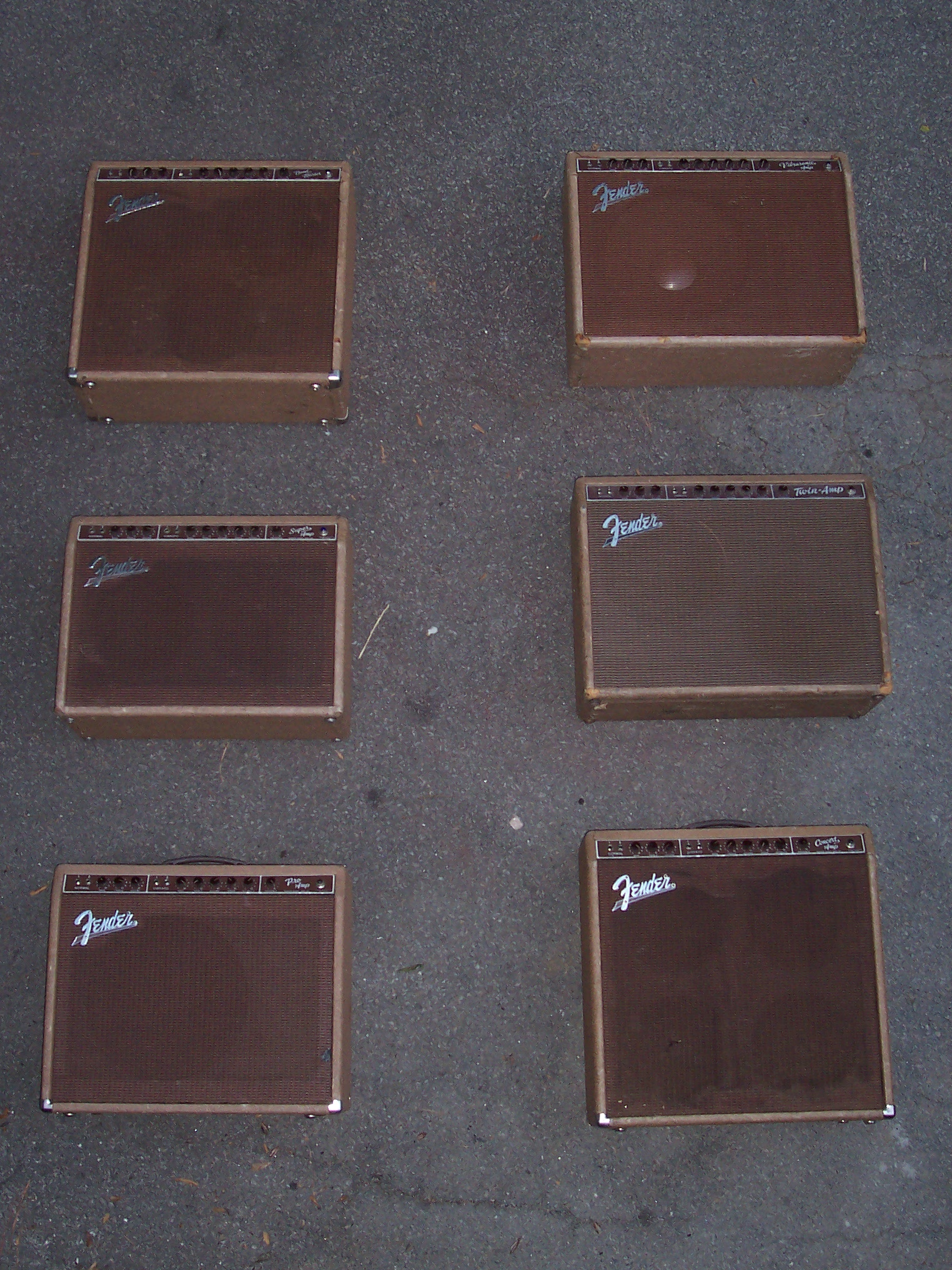 Heres A Group Photo Shot Of Six The Brown Era Professional Series Centervolume Ie Bass Treble Volume Fender Combo Amps All From 1960