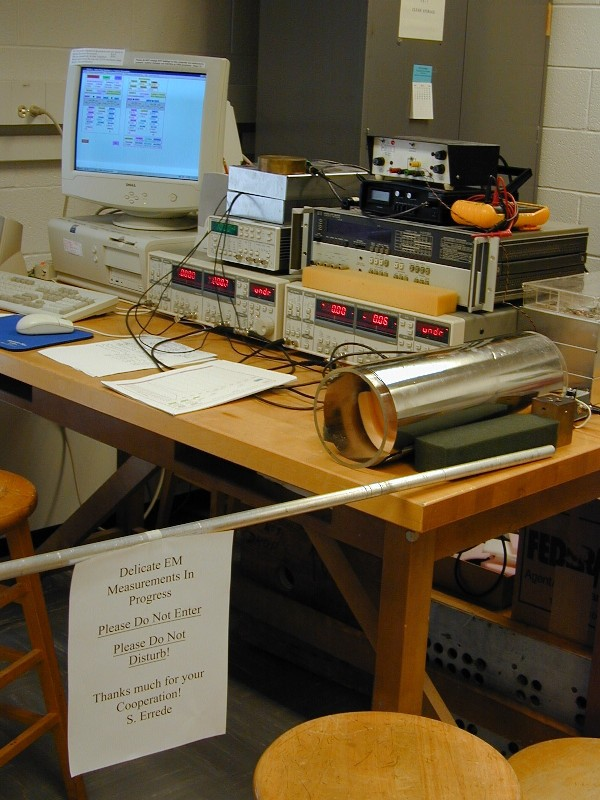 A Pix Of The Electric Guitar Pickup Test Stand In UIUC Physics 498POM Lab